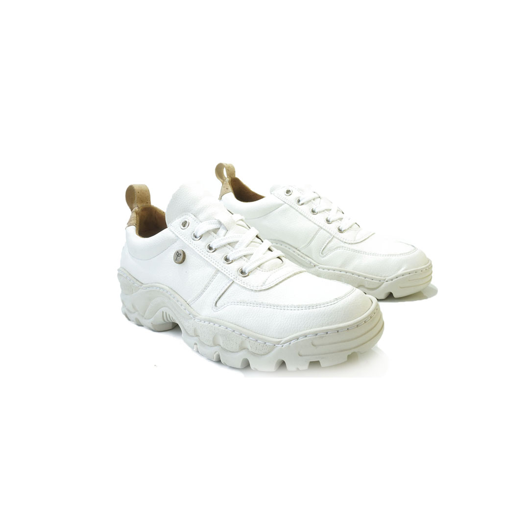 Private label white chunky shoes